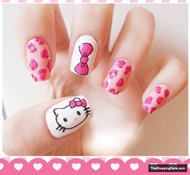 Hello kitty 4 nail art